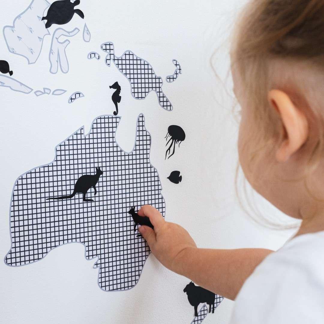 World Map juodas lipdukas
