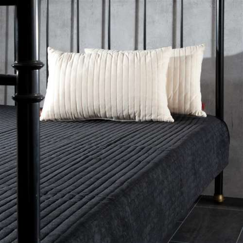 Komplet Black&Cream narzuta i poduszki 190 x 240 cm