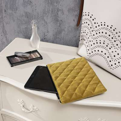 Etui na tablet Velvet w kolekcji Velvet, tkanina: 704-27