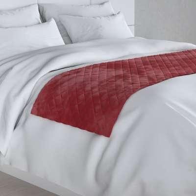 Hotelový přehoz na postel- běhoun Velvet 704-15 sytá červená Kolekce Velvet