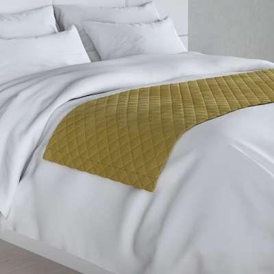 Hotelový přehoz na postel- běhoun Velvet 704-27 olivově zelená Kolekce Velvet