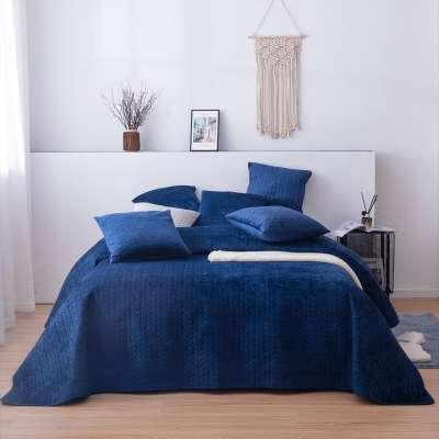 Tagesdecke Silky Chic 220x240 cm royal blue Schlafzimmer - Dekoria.de