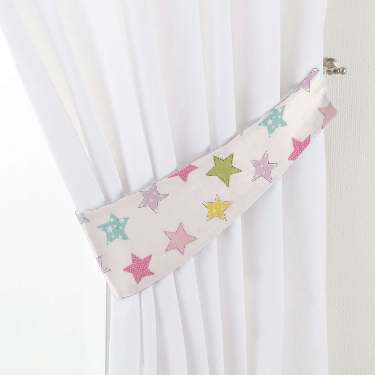 Raffhalter Victoria von der Kollektion Little World, Stoff: 141-52
