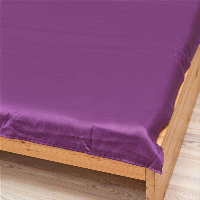 Prześcieradło satynowe proste fiolet 160 × 200 cm