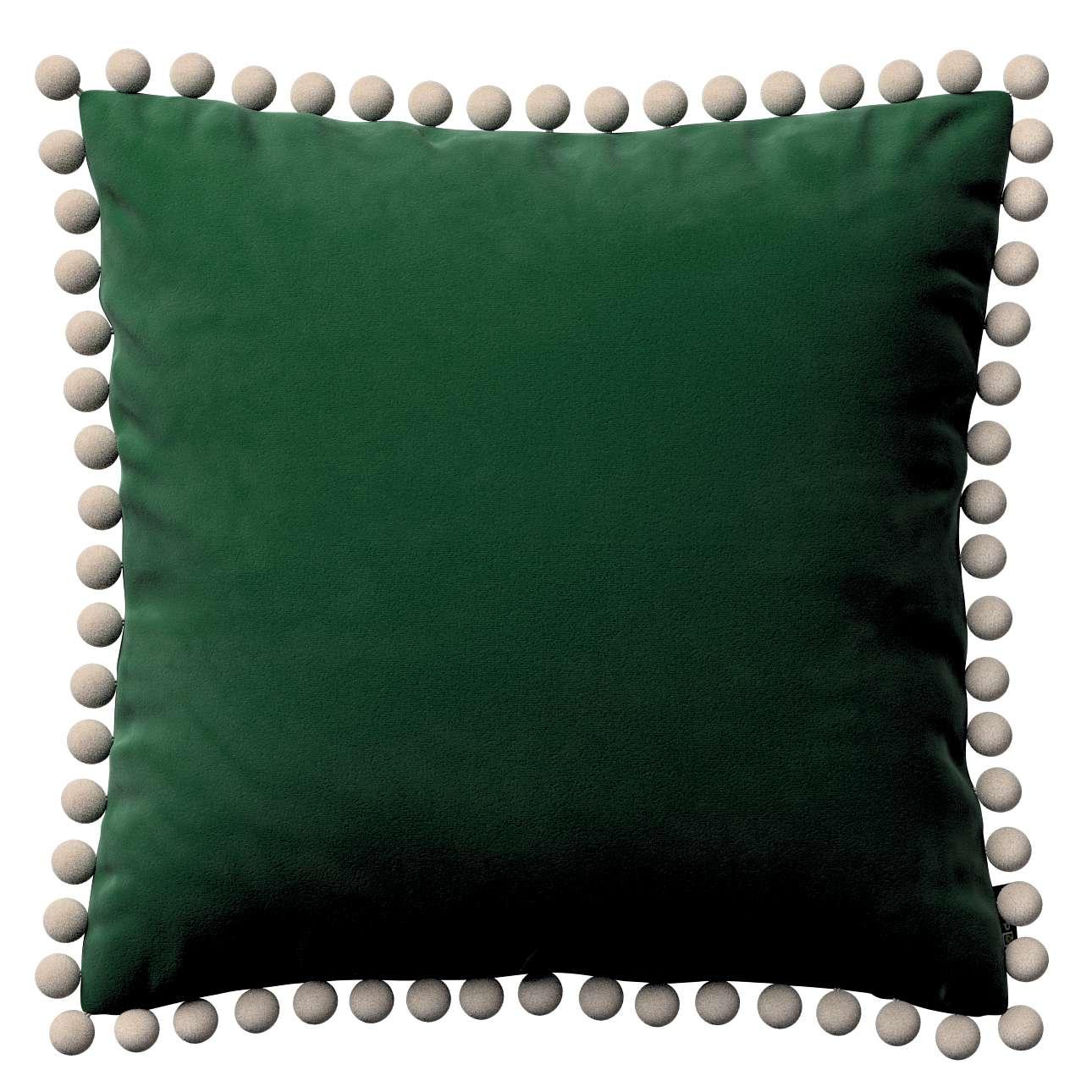 Kissenhülle Wera mit Bommeln, grün, 45 × 45 cm, Velvet | Heimtextilien > Bettwäsche und Laken > Kopfkissenbezüge | Dekoria