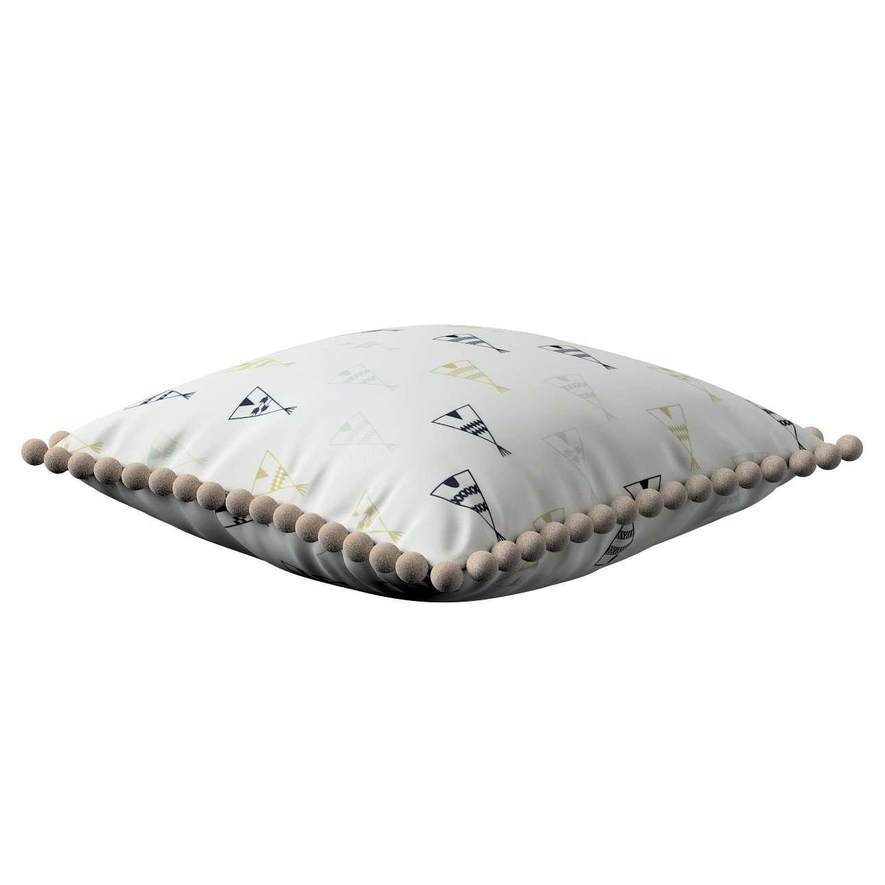 Poszewka Wera na poduszkę w kolekcji Adventure, tkanina: 141-84