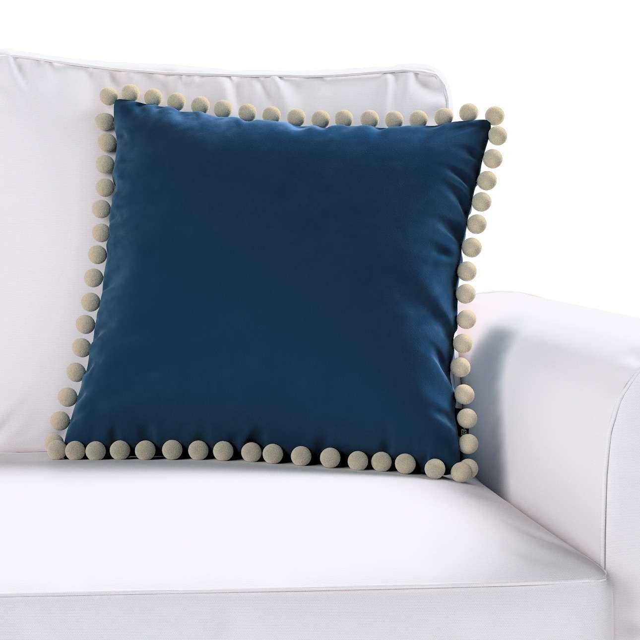 Poszewka Wera na poduszkę w kolekcji Velvet, tkanina: 704-29