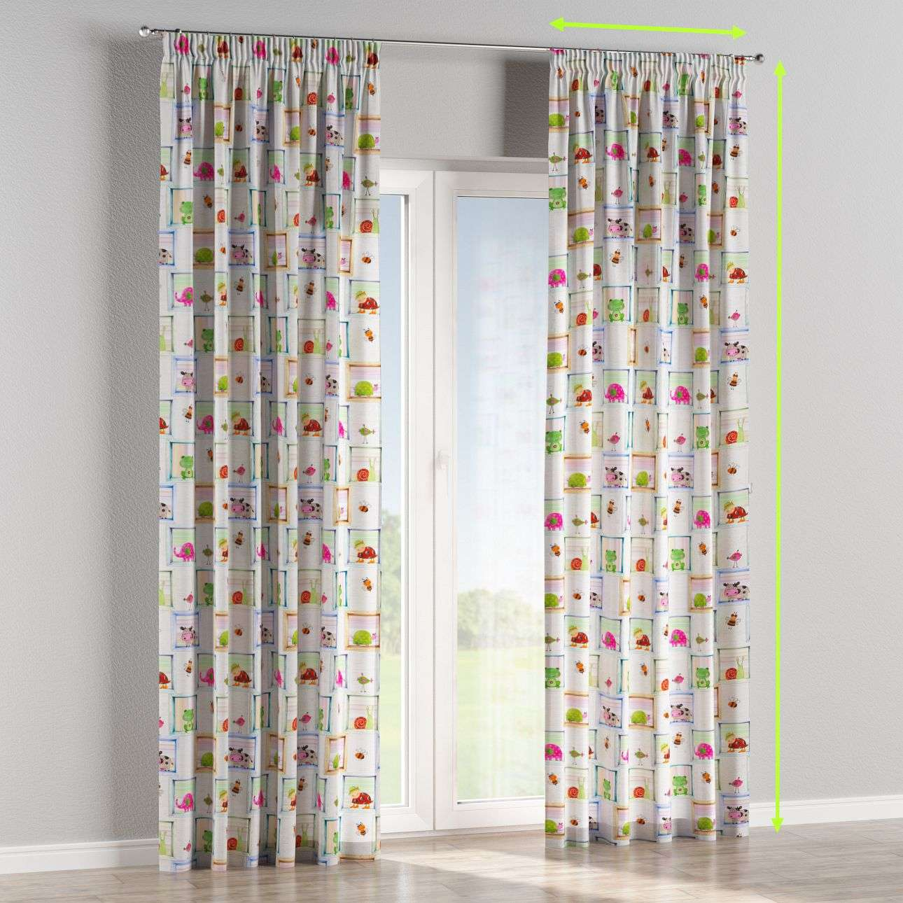 Pencil pleat curtain in collection Little World, fabric: 151-04