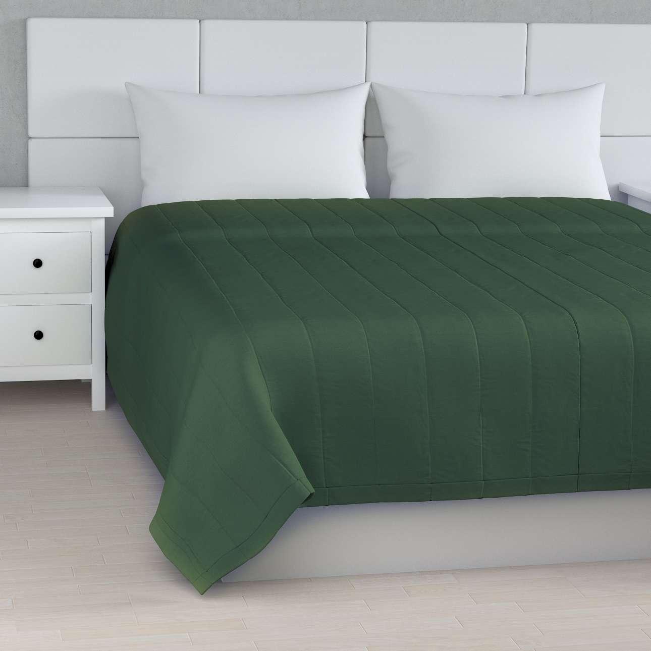 Sengeteppe quiltet<br/>10cm striper fra kolleksjonen Cotton Panama, Stoffets bredde: 702-06