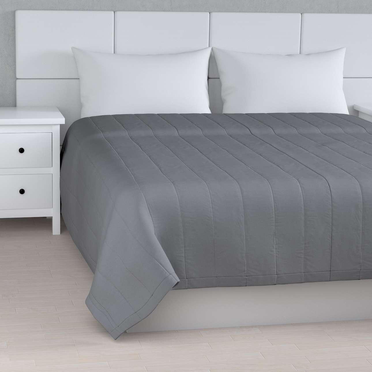 Sengetæppe quiltet<br/>10cm striber fra kollektionen Cotton Panama, Stof: 702-07