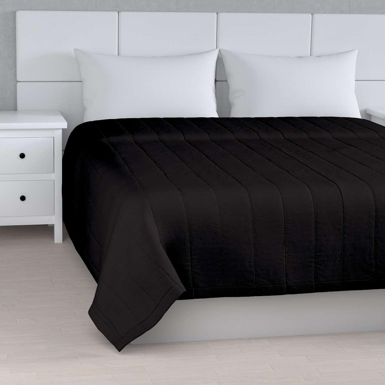 Päiväpeitto tikattu raidat mallistosta Cotton Panama, Kangas: 702-08