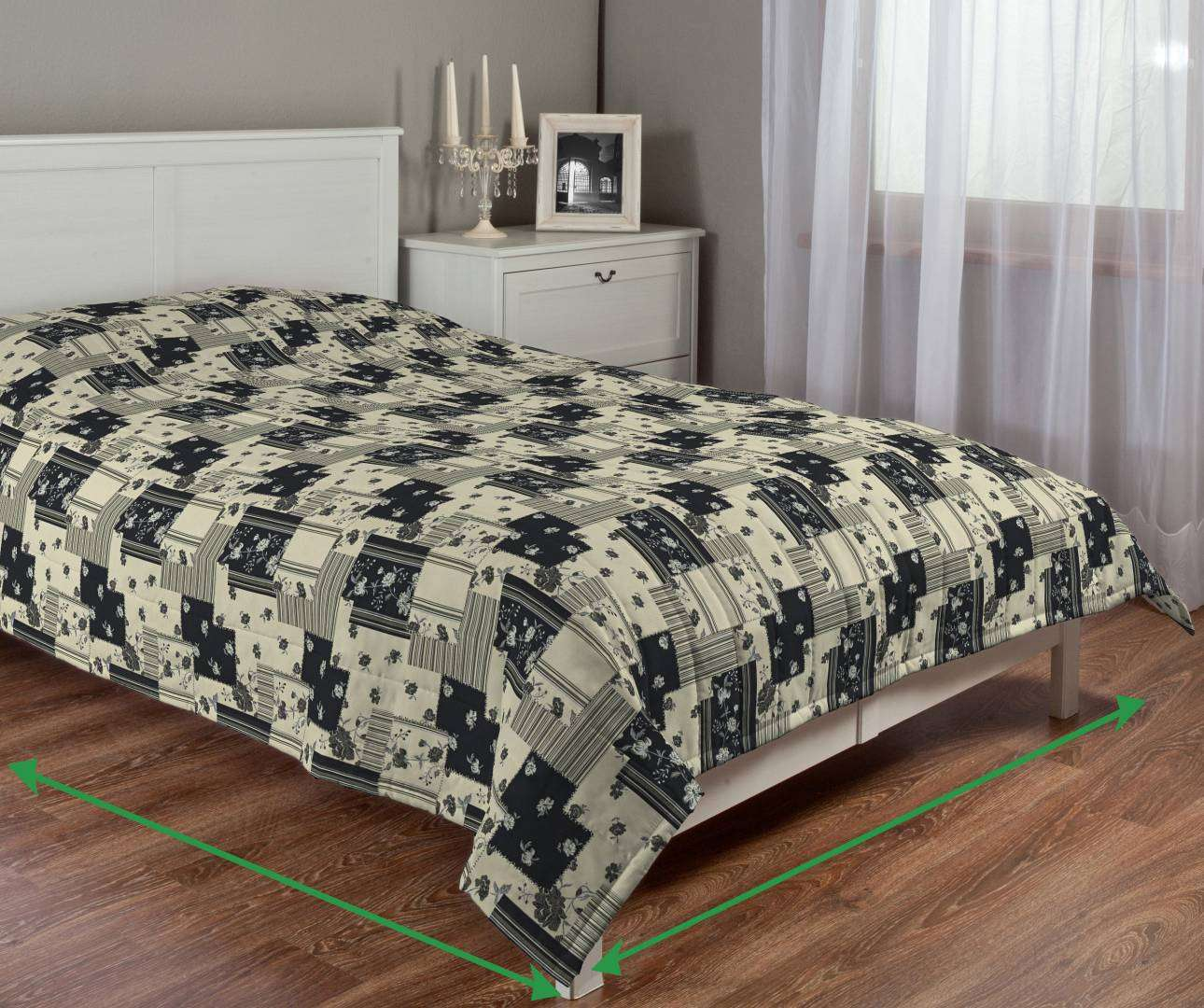 Quilted throw (vertical quilt pattern) in collection SALE, fabric: 120-07