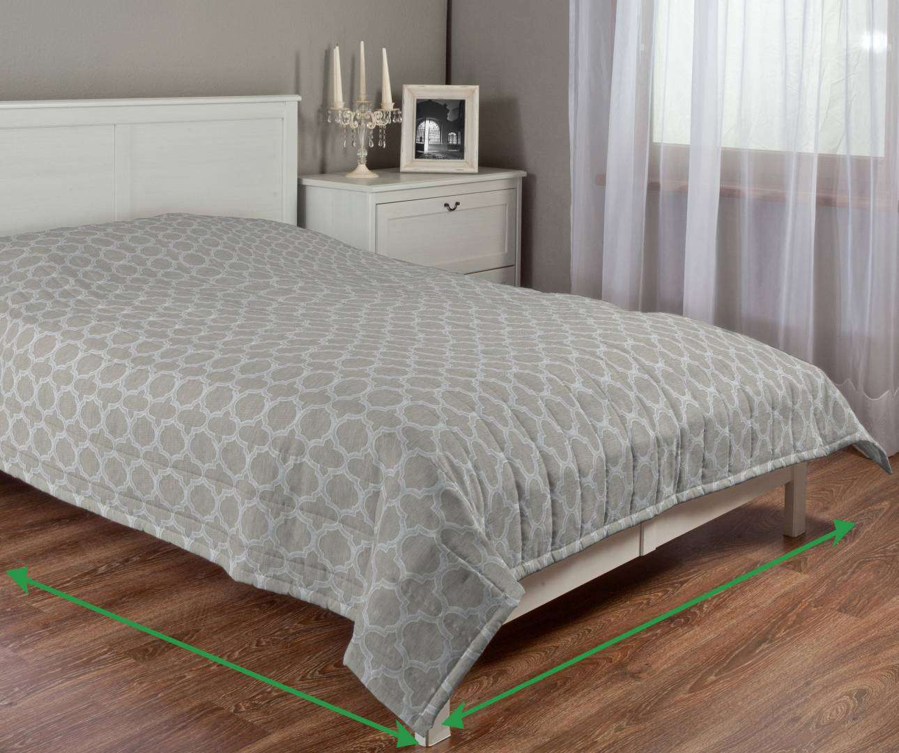 Quilted throw (vertical quilt pattern) in collection Rustica, fabric: 138-25