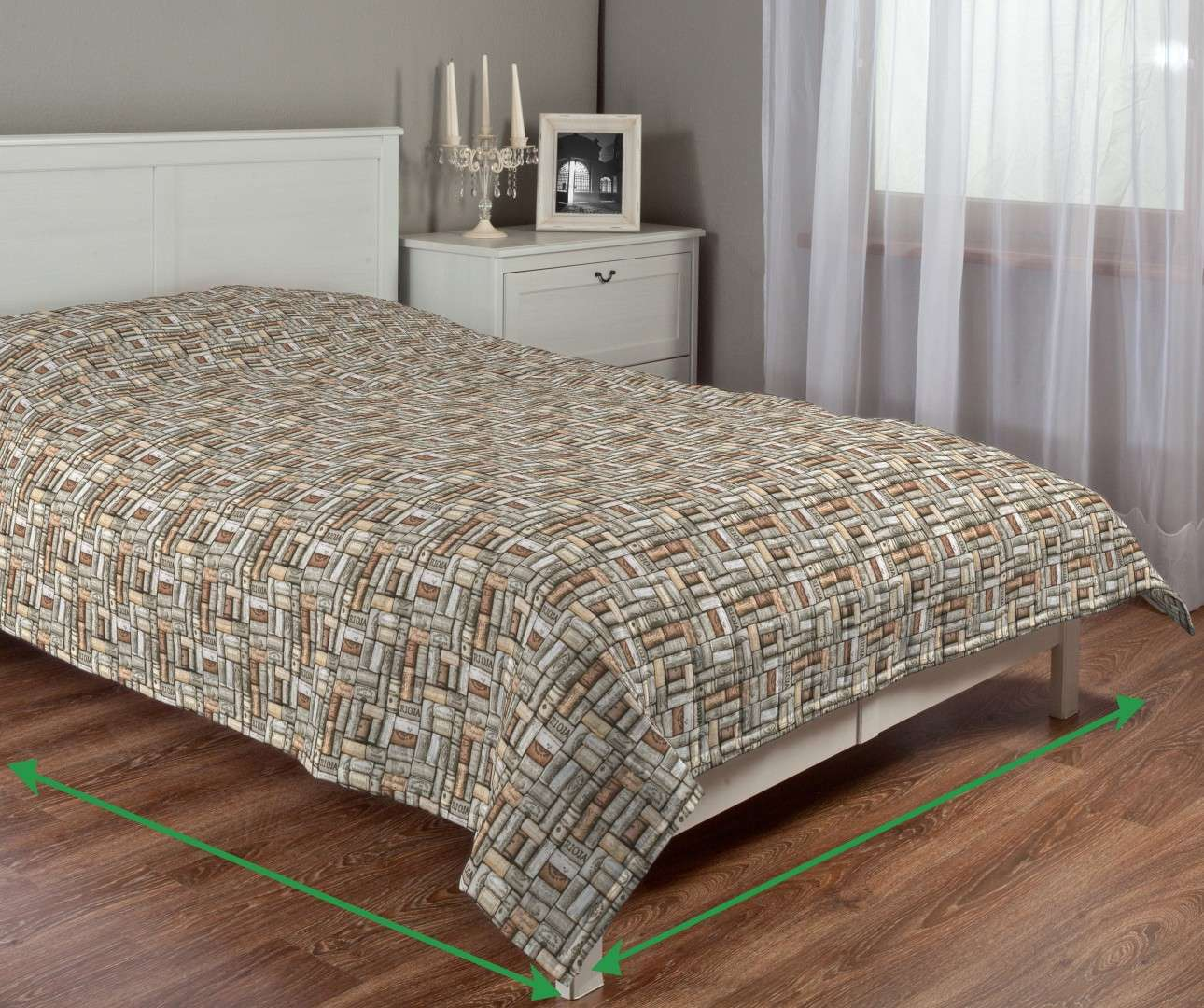 Quilted throw (vertical quilt pattern) in collection Marina, fabric: 140-13