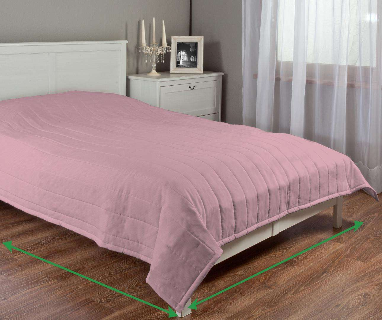 Quilted throw (vertical quilt pattern) in collection Milano, fabric: 150-35