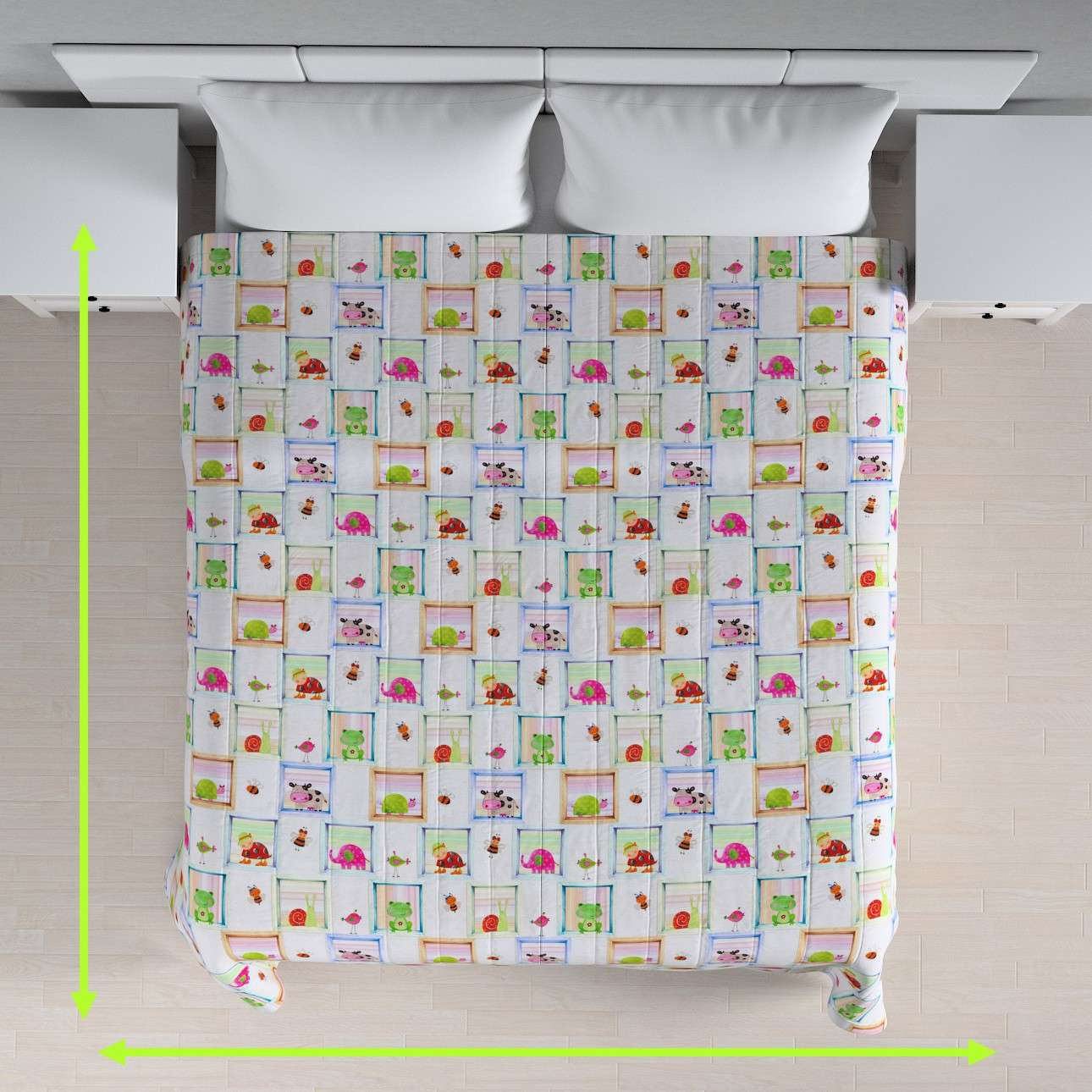 Quilted throw (vertical quilt pattern) in collection Apanona, fabric: 151-04