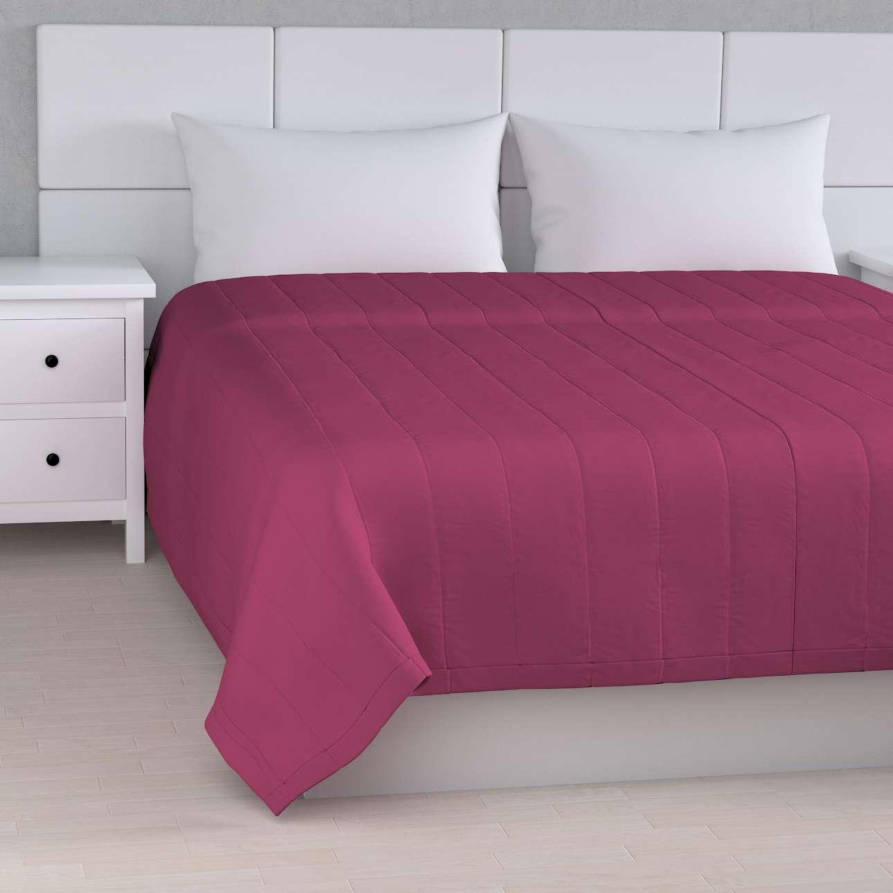 Sengetæppe quiltet<br/>10cm striber fra kollektionen Cotton Panama, Stof: 702-32