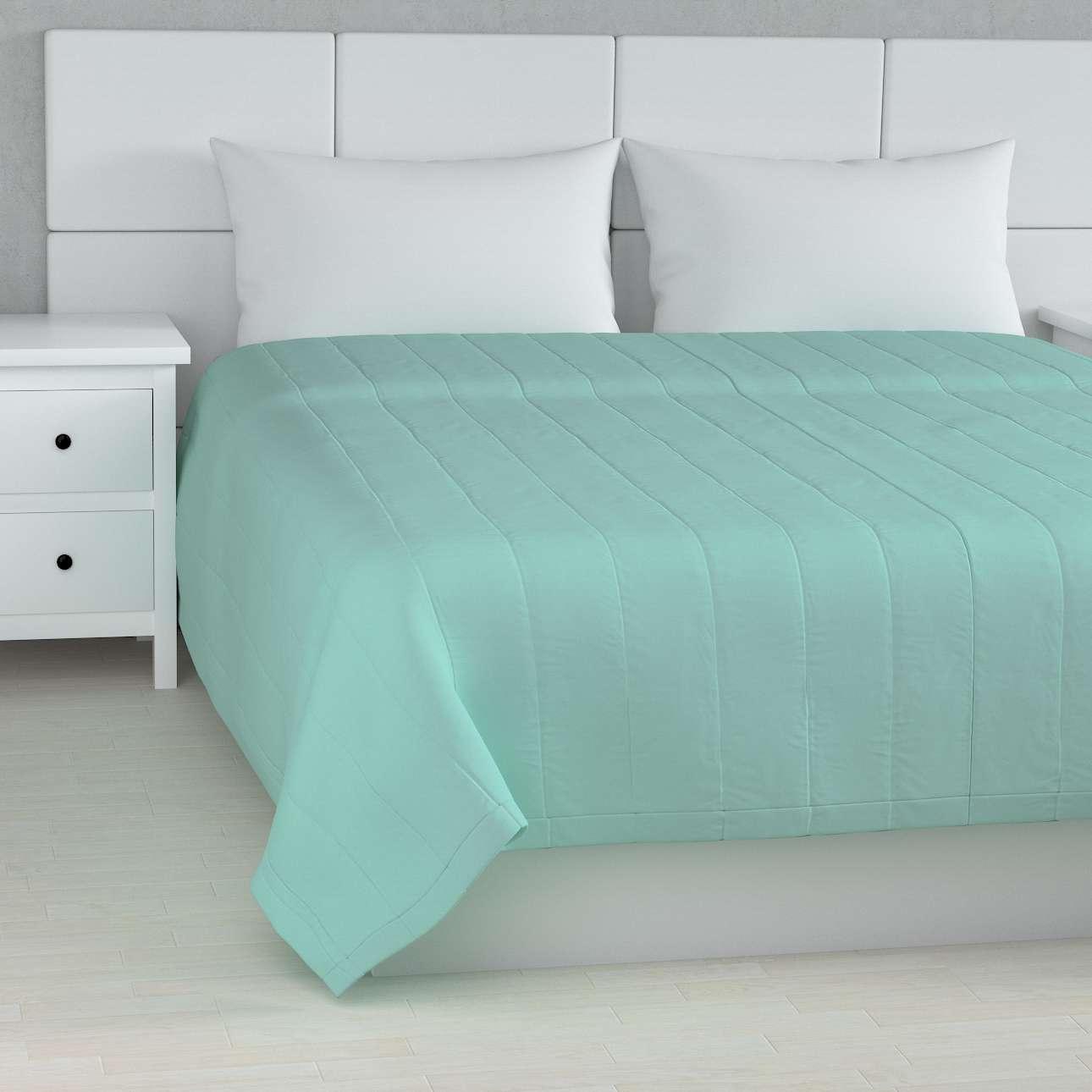 Sengeteppe quiltet<br/>10cm striper fra kolleksjonen Loneta, Stoffets bredde: 133-32