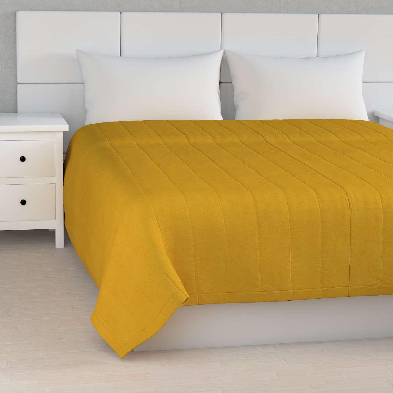Cuvertura matlasata cu model în colecție Etna, țesătură: 705-04