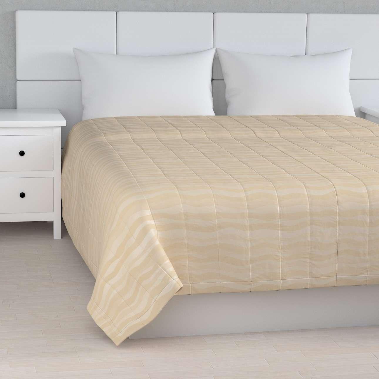 Prehoz na posteľ jednoduchý V kolekcii Damasco, tkanina: 141-76