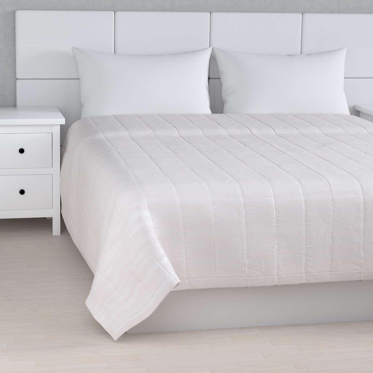 Prehoz na posteľ jednoduchý V kolekcii Damasco, tkanina: 141-87