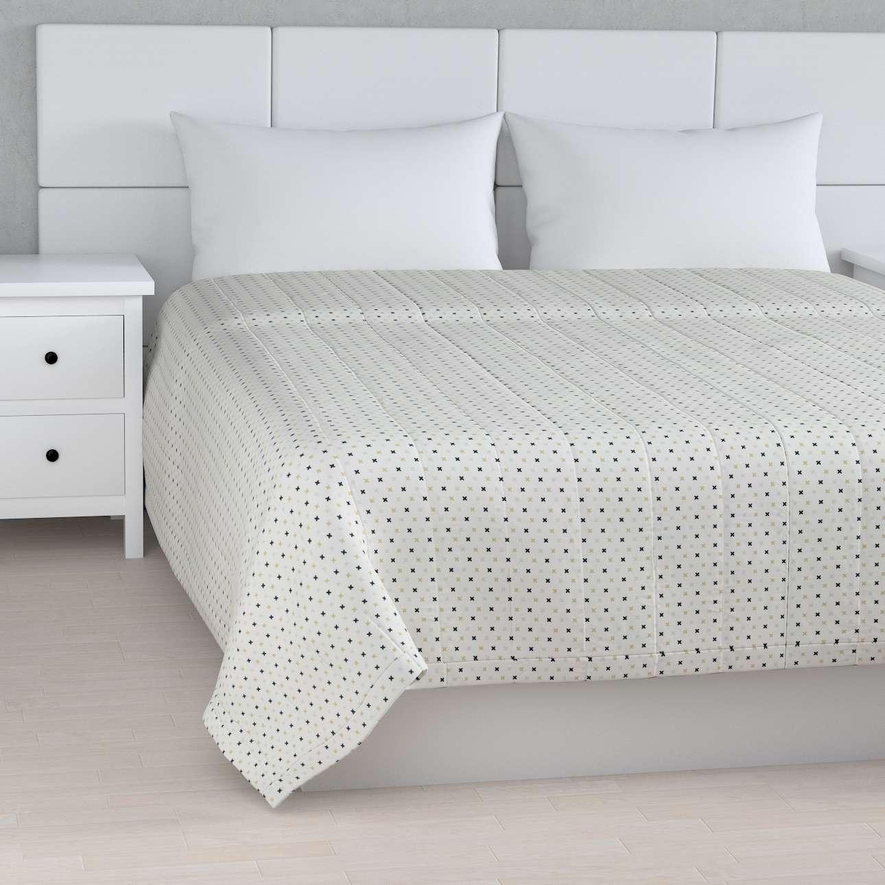 Sengetæppe quiltet<br/>10cm striber fra kollektionen Adventure, Stof: 141-83