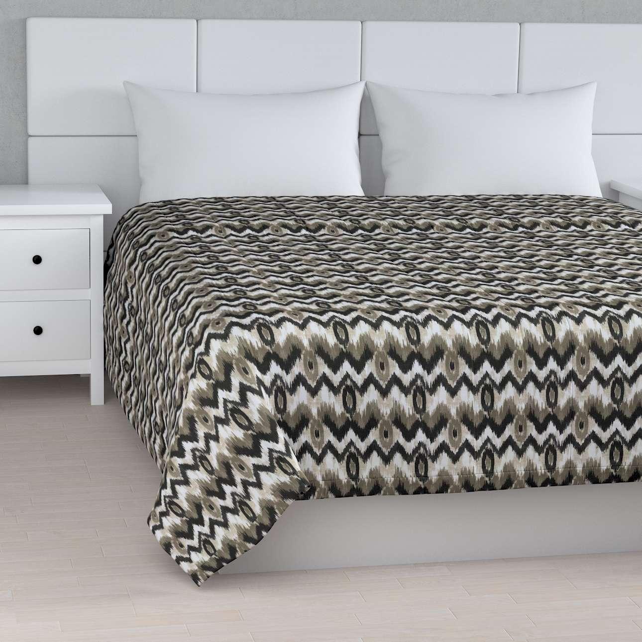 Överkast Quiltat/ränder i kollektionen Modern, Tyg: 141-88