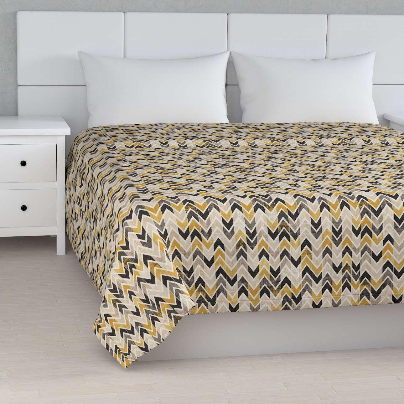 Sengeteppe quiltet<br/>10cm striper fra kolleksjonen Modern, Stoffets bredde: 142-79