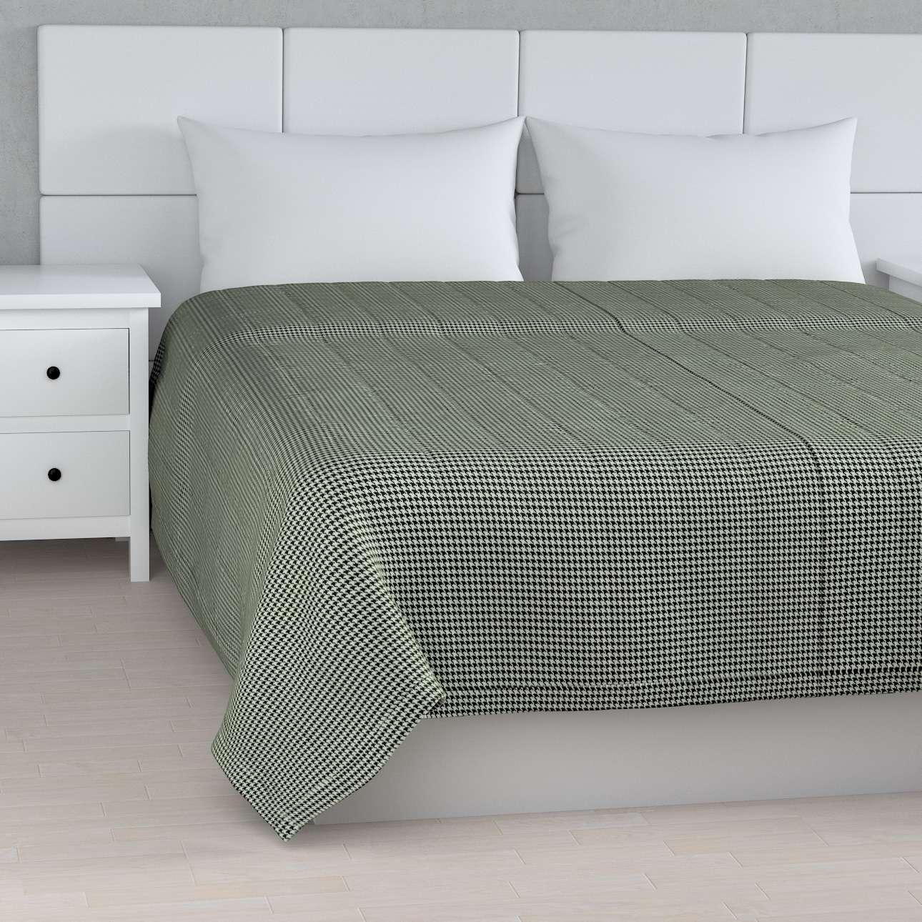 Sengetæppe quiltet<br/>10cm striber fra kollektionen Black & White, Stof: 142-77
