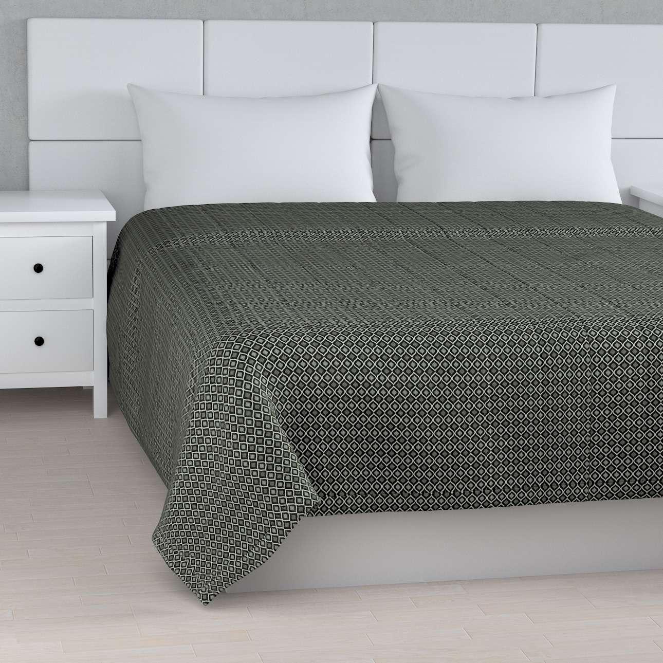 Sengetæppe quiltet<br/>10cm striber fra kollektionen Black & White, Stof: 142-86
