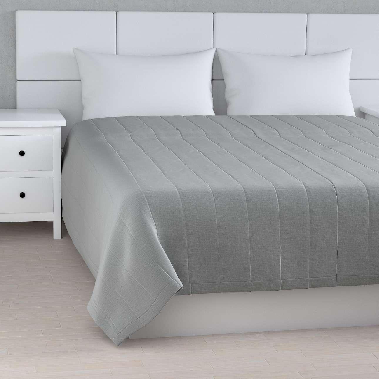 Sengeteppe quiltet<br/>10cm striper fra kolleksjonen Ingrid, Stoffets bredde: 705-42