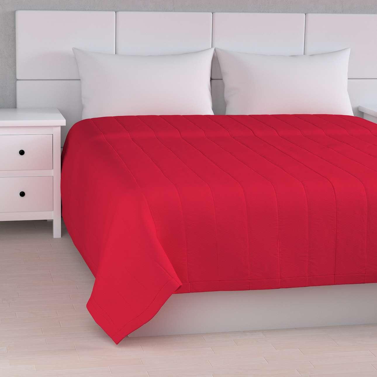 Sengetæppe quiltet<br/>10cm striber fra kollektionen Quadro II, Stof: 136-19