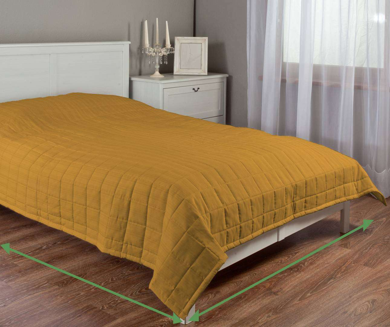 Quilted throw (check quilt pattern) in collection Taffeta , fabric: 103-93