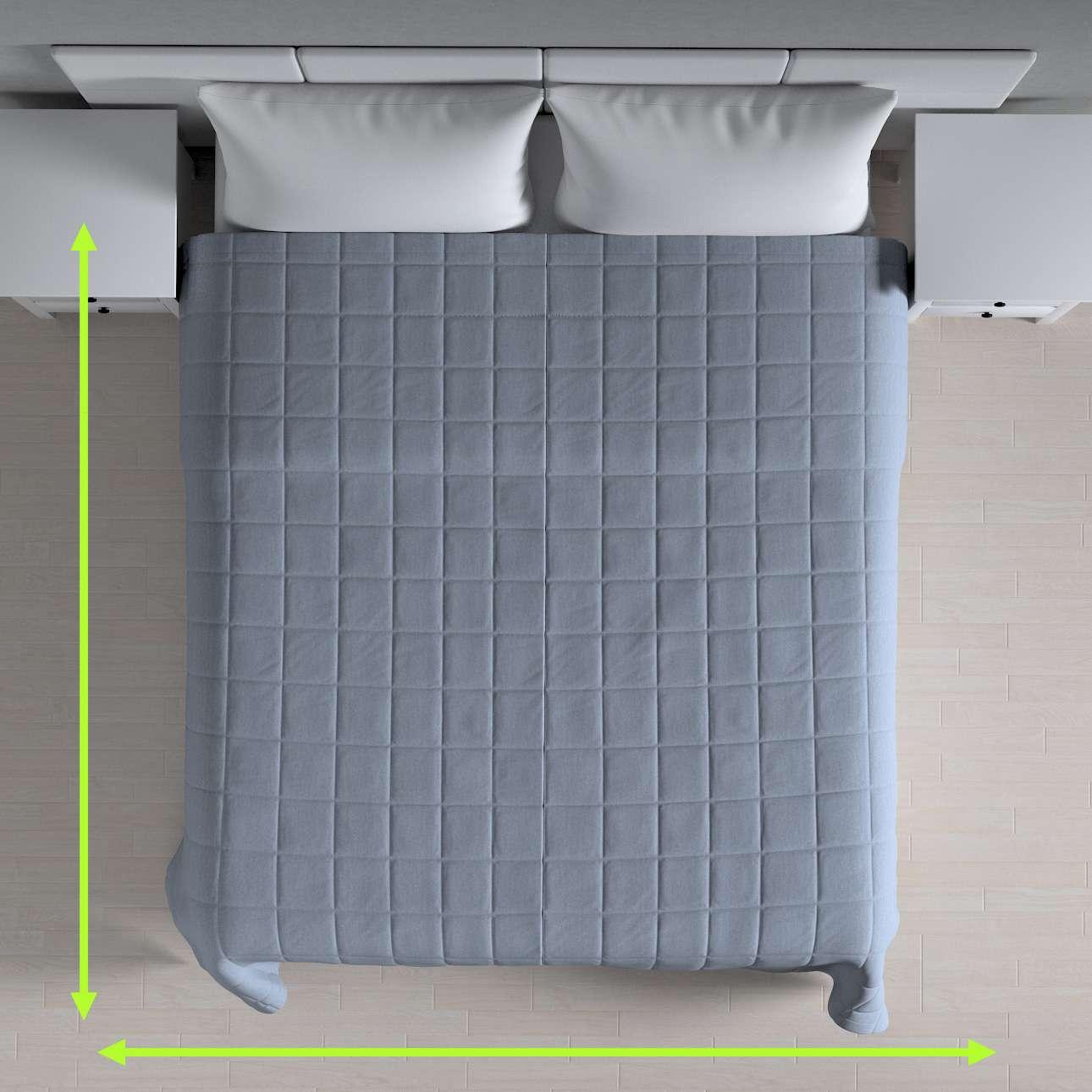 Sengeteppe quiltet<br/>10x10cm firkanter fra kolleksjonen Chenille, Stoffets bredde: 702-13