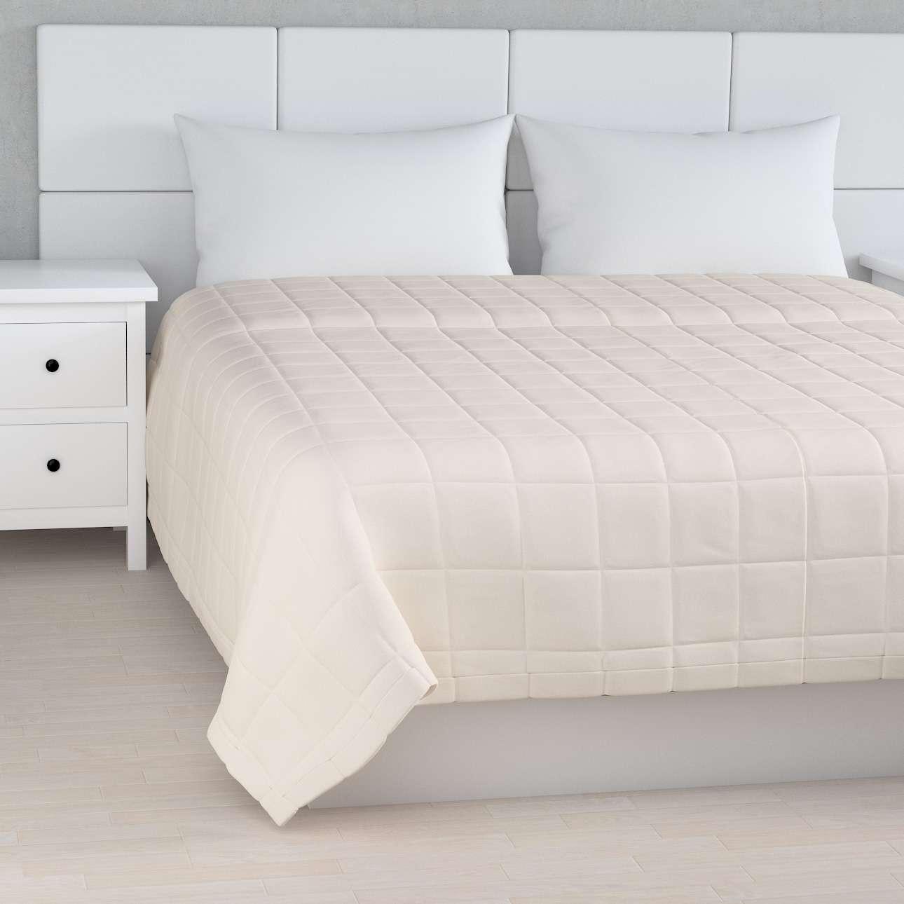Sengetæppe quiltet<br/>10x10cm tern fra kollektionen Etna, Stof: 705-01