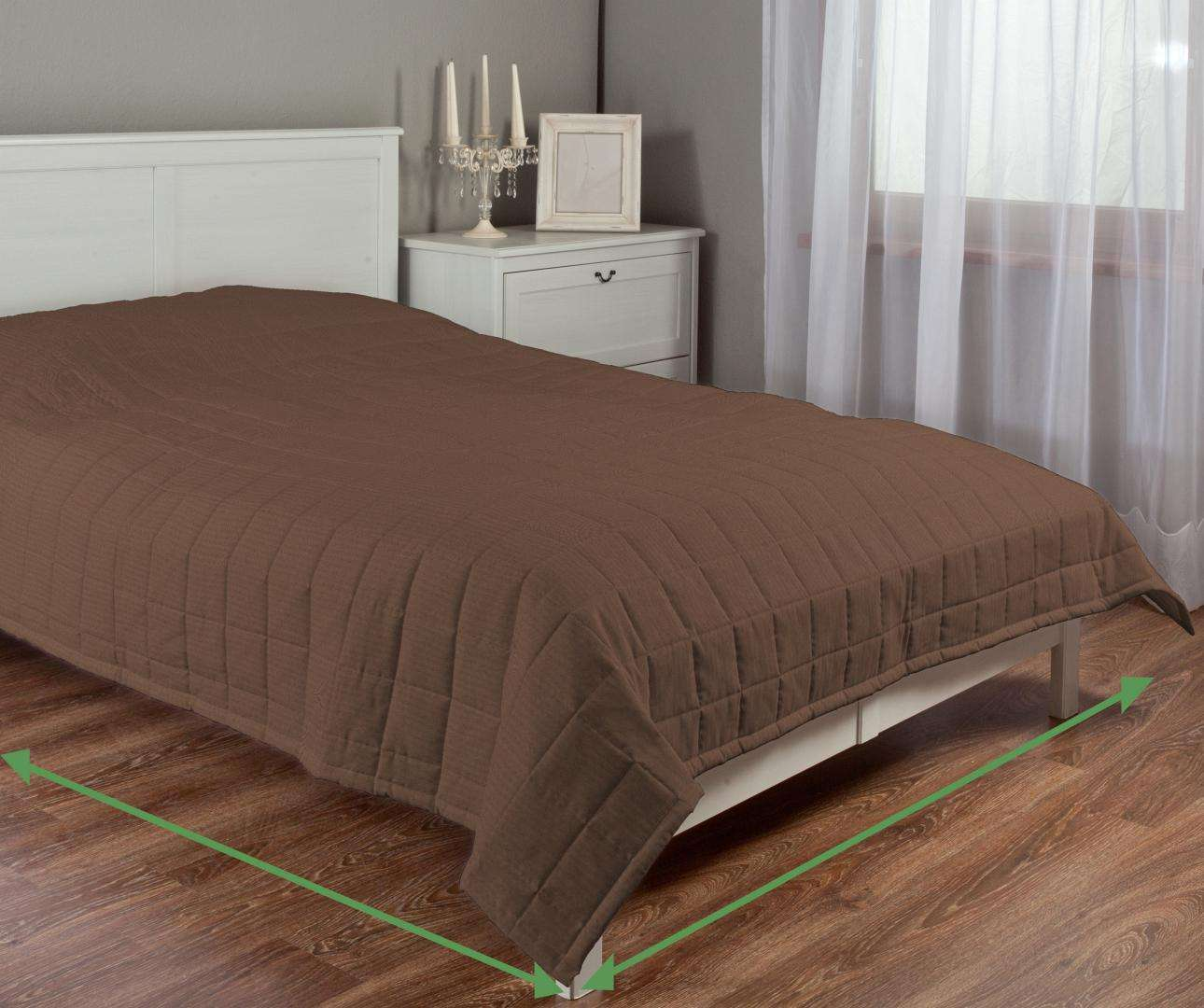Quilted throw (check quilt pattern) in collection Milano, fabric: 150-21