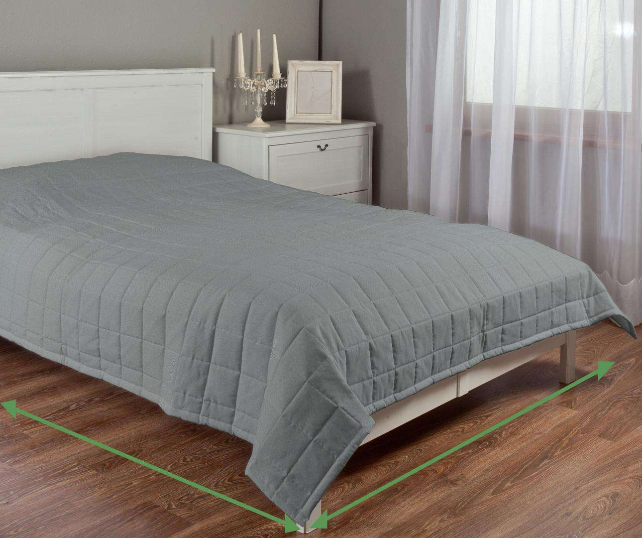 Quilted throw (check quilt pattern) in collection Milano, fabric: 150-23