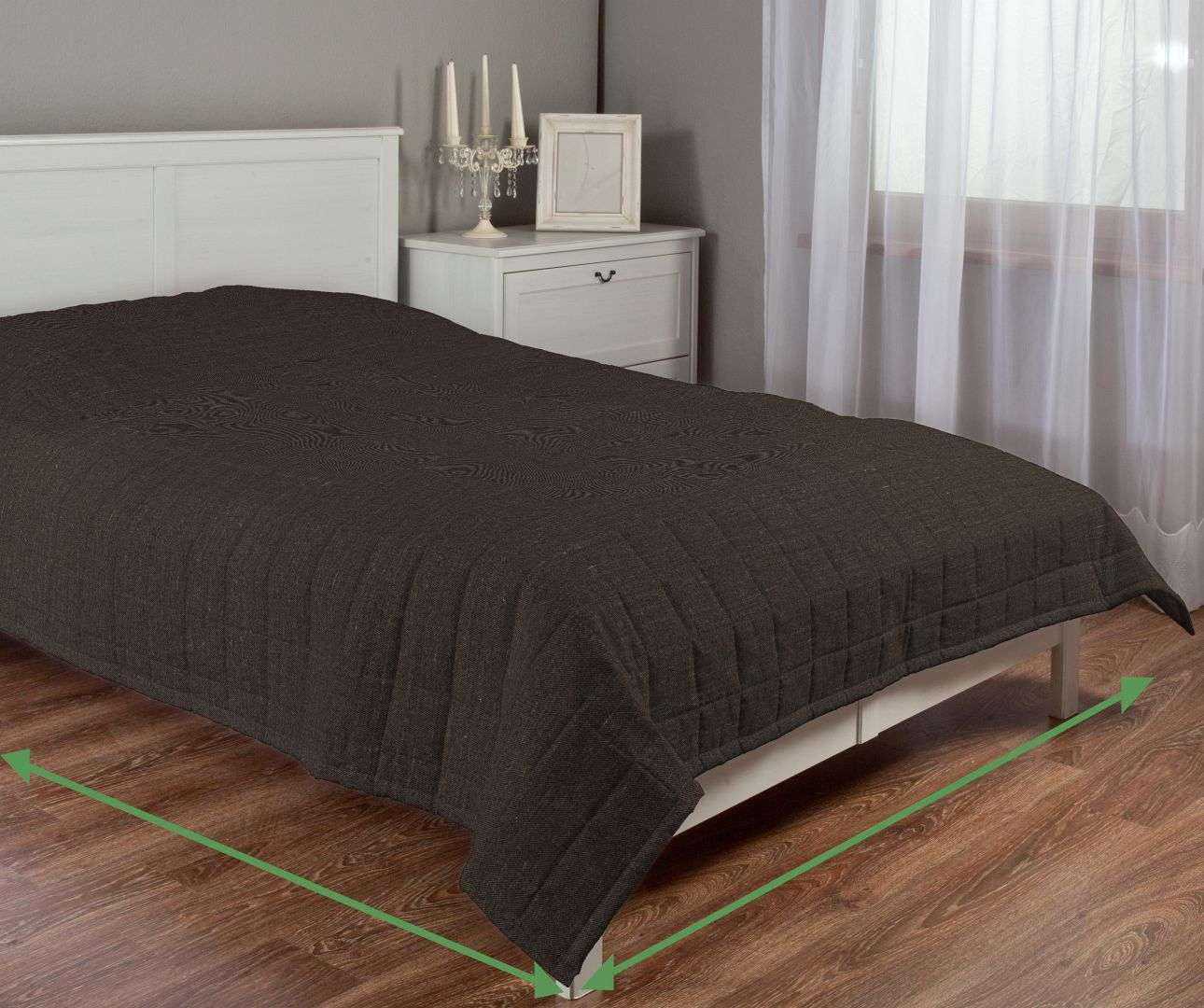 Quilted throw (check quilt pattern) in collection Porto, fabric: 160-19