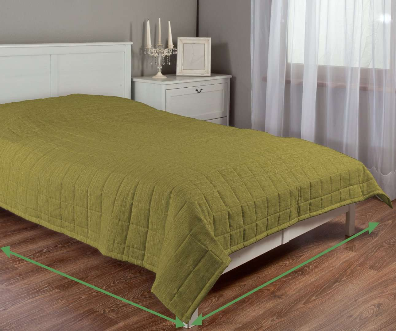 Quilted throw (check quilt pattern) in collection Chenille, fabric: 160-47