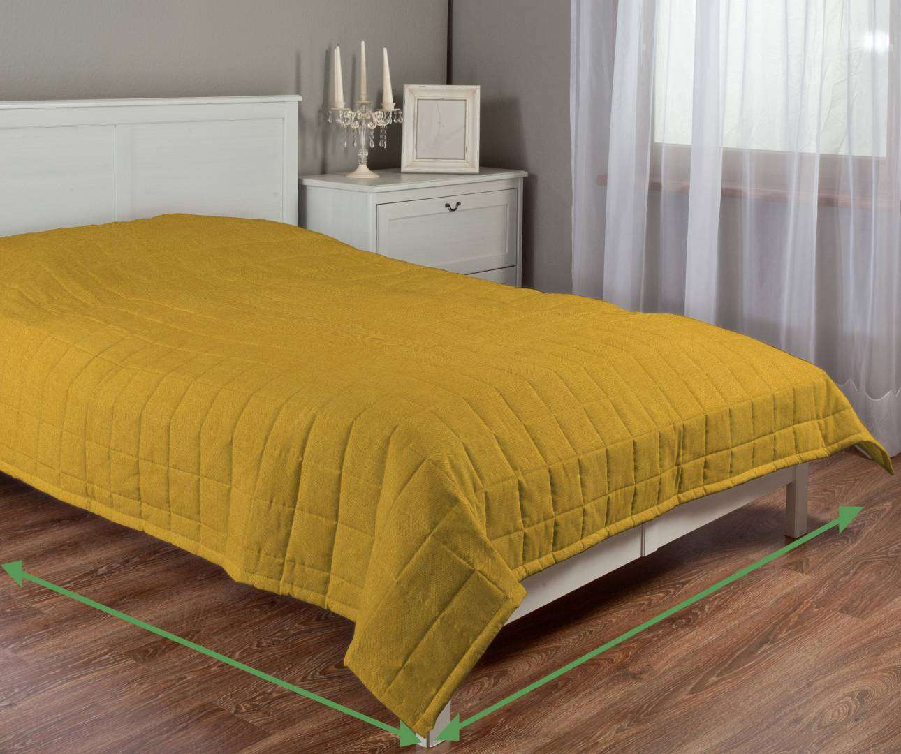 Quilted throw (check quilt pattern) in collection Etna , fabric: 705-04