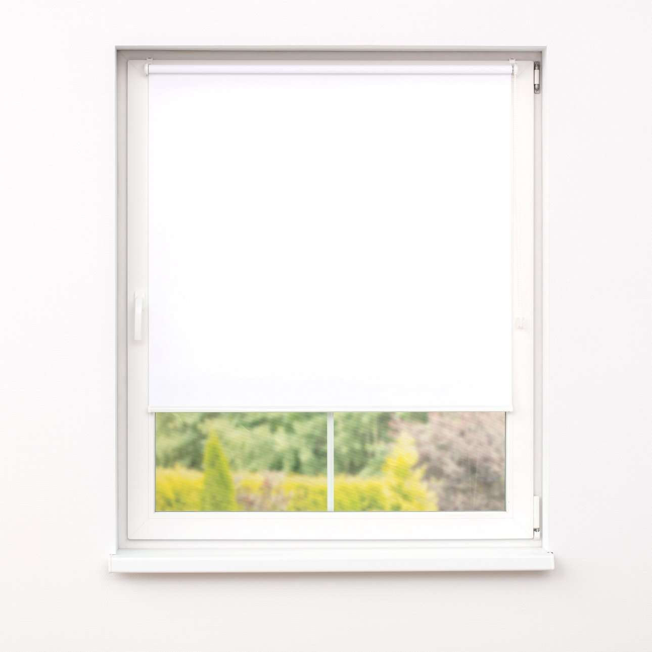 Mini blackout roller blind in collection Roller blind blackout, fabric: 051