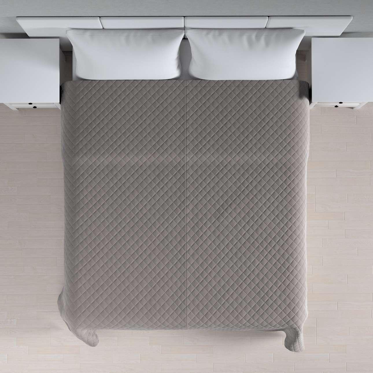 Sengeteppe quiltet<br/>i rombe i velour fra kolleksjonen Velvet, Stoffets bredde: 704-11