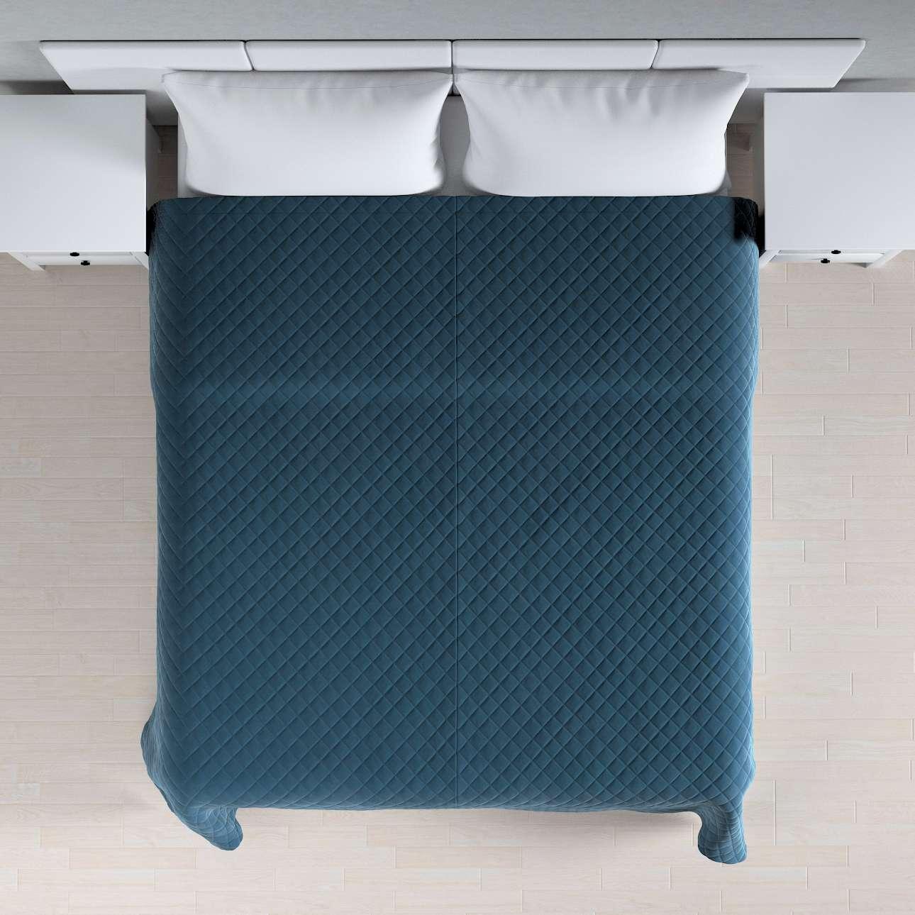 Sengeteppe quiltet<br/>i rombe i velour fra kolleksjonen Velvet, Stoffets bredde: 704-16