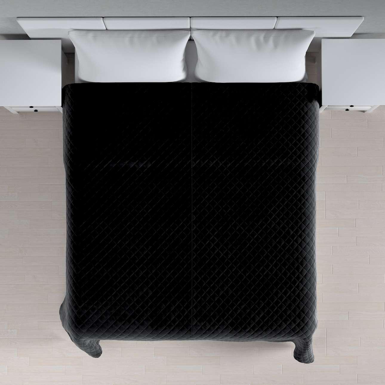 Sengeteppe quiltet<br/>i rombe i velour fra kolleksjonen Velvet, Stoffets bredde: 704-17