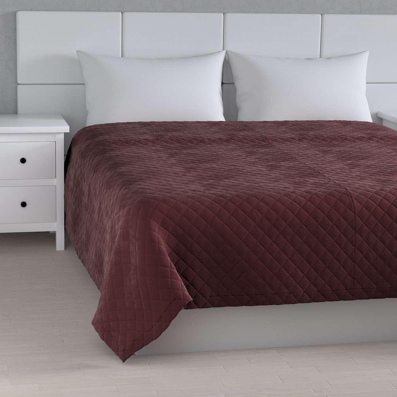 Överkast kviltat i rhomb i velour i kollektionen Velvet, Tyg: 704-26